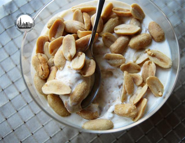 Foto coppette gelato e burro di arachidi