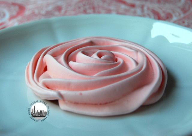 foto una rosa di meringa