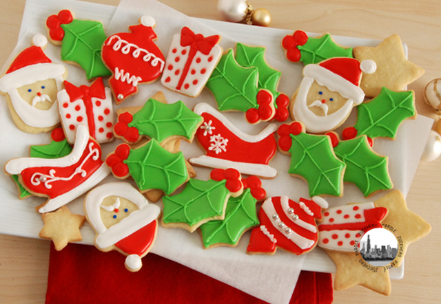 Biscotti di natale decorati con glassa reale parole di for Appartamenti decorati per natale